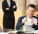 Rekordní účet za nicnedělání v práci
